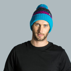 Model wearing knitted hat in acrylic yarn